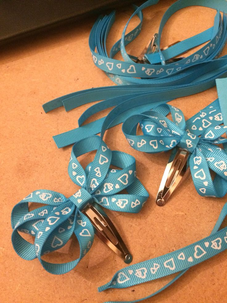 In the making. Turquoise bow, handmade, dreambows, love crafting, passion for craft, craft, hair bows, snap clips, girls bows, turquoise, hearts