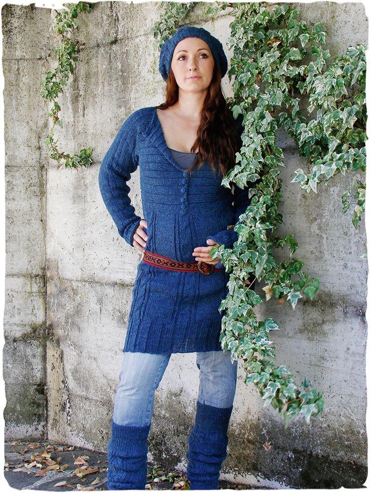 abito lana etnico Kristin #abito a #maniche #lunghe con lavorazione a #treccia e #costine - #bottoni in #lana - #premaman #gravidanza #alpaca www.lamamita.it/store/abbigliamento-invernale/2/moda-premaman/abito-lana-etnico-kristin