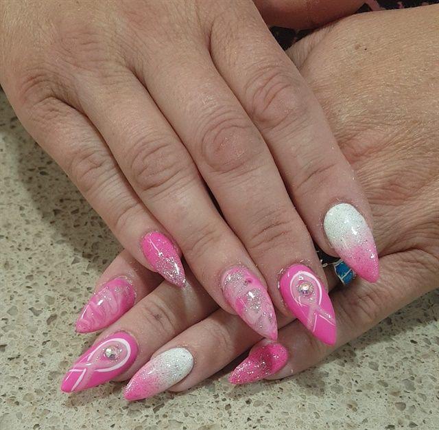 Tag 278: Brustkrebs-Bewusstseins-Nagelkunst   – Breast Cancer Awareness Nail Art