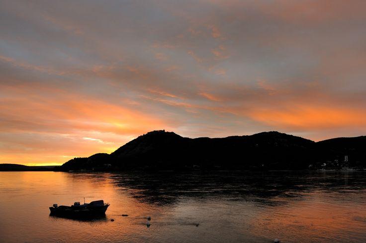 Dawn in the bend