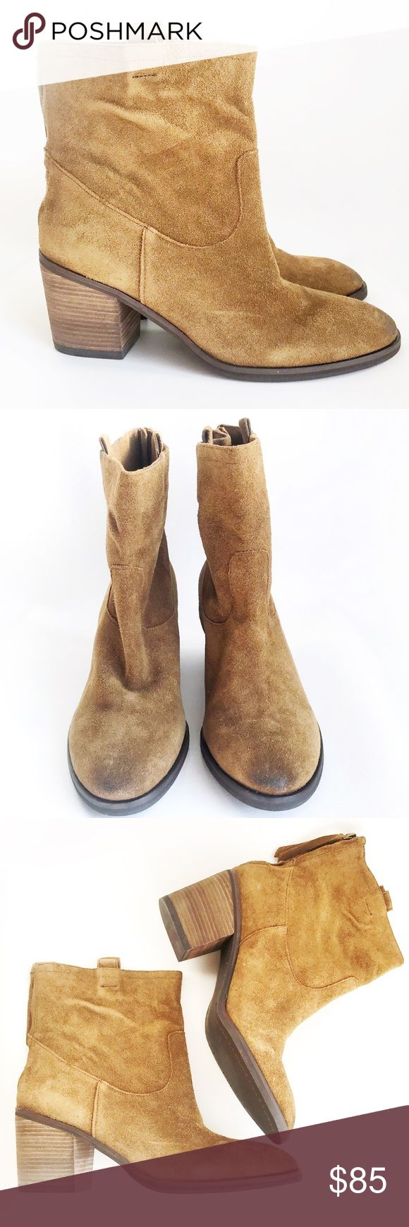 """NWOT SAM EDELMAN Tan Farrell Suede Boots Size 9.5 DESCRIPTIONS: """"Farrell"""" Tan Suede Bootie, Size 9.5 - Distressed Suede - Tassel pull back zippers - Pull tabs at top of boots.    - 2 3/4"""" Chunky stacked heel.  - Suede upper/Fabric lining/Synthetic rubber sole.   CONDITIONS: Great condition. NWOT. Sam Edelman Shoes Ankle Boots & Booties"""