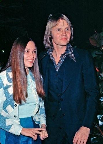 Jon Voight & Marcheline Bertrand (1971–1980; divorced) Their children, James Haven (born May 11, 1973) and Angelina Jolie (born June 4, 1975)