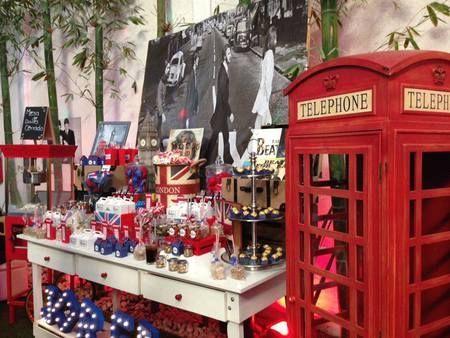 cabina telefónica Londres Candy bar London