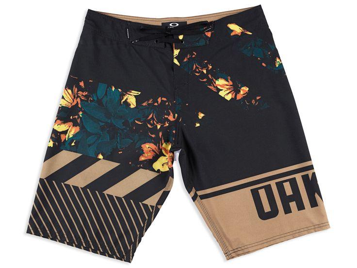 Conheça na loja oficial online da Oakley a linha completa de vestuário da marca. Design e funcionalidade combinamos para oferecer estilo e conforto.