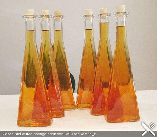 Apfel - Zimt - Likör, ein schönes Rezept aus der Kategorie Likör. Bewertungen: 37. Durchschnitt: Ø 4,2.