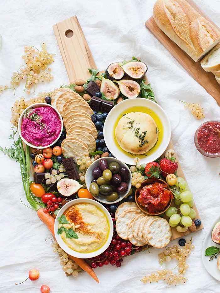 How To Make An Epic Vegan Platter / Great For Hosting... Non-Vegan Friends Will Love This! - The Healthy Hour