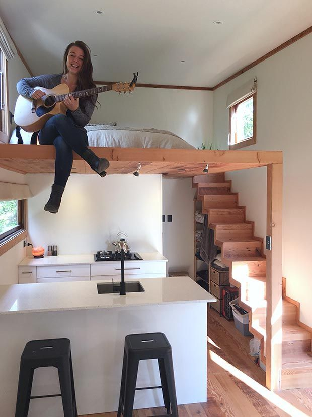 A young Wellingtonian is thinking big with a burgeoning tiny house business. Words: Charlotte Squire When Gabriella Grace chose her final year project at Steiner school, it was to build a tiny house – with her Dad. This drew father and daughter close and opened doors into a fast-growing industry that has captured her heart … #interiorescasas