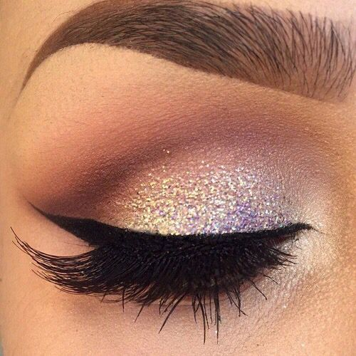 Beautiful sparkly eye makeup
