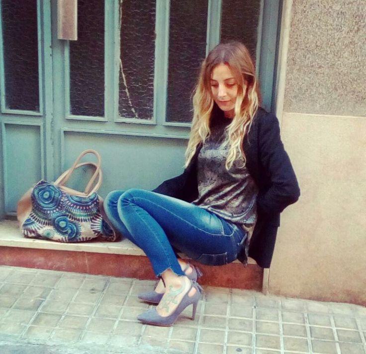 Fiel al stiletto! Ya sea para un look casual o más formal... Lo mismo digo de la americana, 2 todoterreno!!! #personalshopper #compras #armario #tiendas #moda #love #belleza #valencia