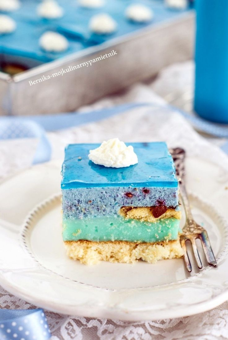 Cake Smurfette
