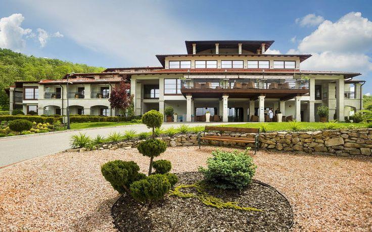 Hotel Cascade, Demjén