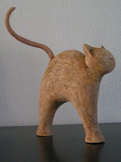 Gato cerámica
