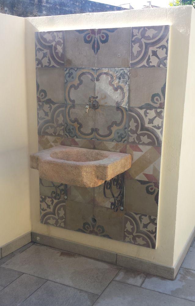 Lavello da giardino Anterselva, in pietra ricostruita alleggerita, colore: pietre del borgo, senza frontale. Località: Caserta.