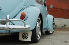 Fresh on the market here at 1967beetle.com, this L639 zenith blue '67 is a special car.