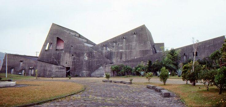 Tange Kenzō: Centro cultural de Nichinan, 1962, Miyazaki.