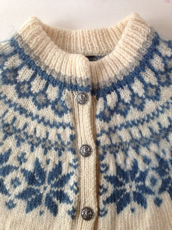 Vintage Scandinavian Dale of Norway Wool Sweater Cardigan /  Blue White Nordic Snowflake Pattern /  Vintage Scandinavian Folk Knit