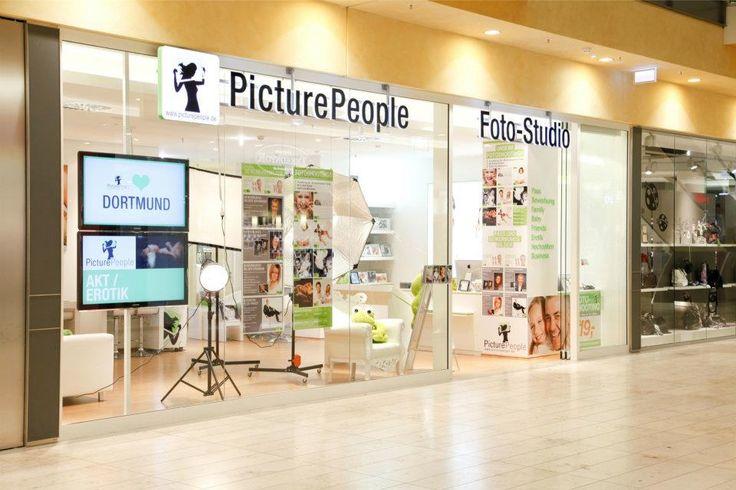 Eröffnung des Fotostudios in der Thier-Galerie im Jahr 2011.