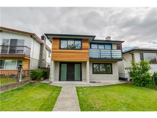 Main Photo: 2532 E 24TH Avenue in Vancouver: Renfrew Heights House for sale (Vancouver East)  : MLS(r) # V1070941