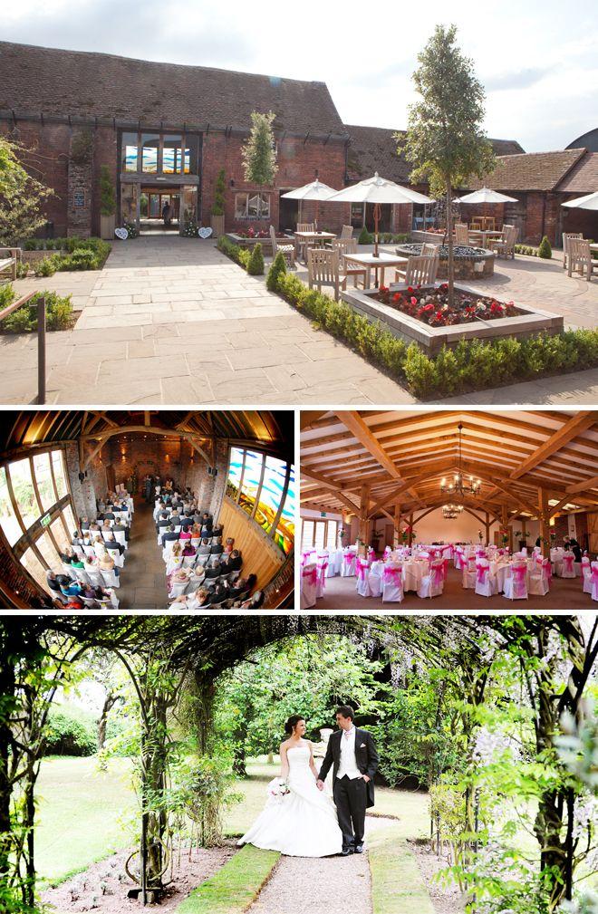 Packington Moor barn wedding venue lies on a beautiful working farm in Staffordshire.