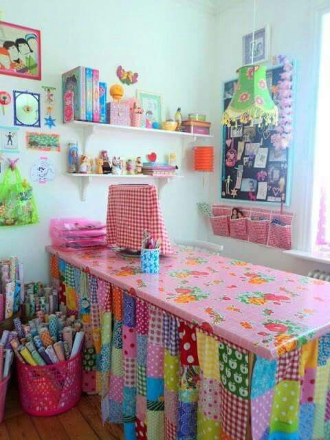 Craft room - beautiful, colourful, patchwork  curtains ❤❤❤❤.