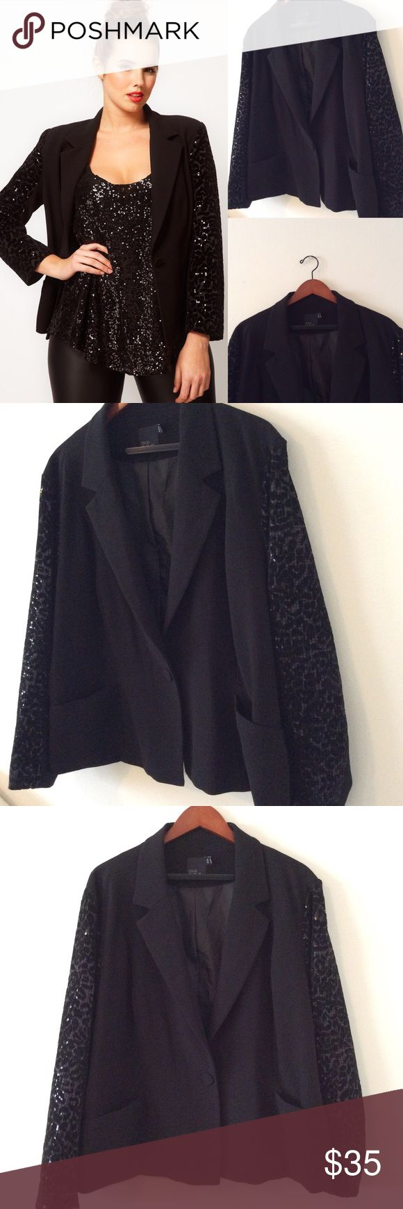 Asos Curve Sequin Leopard Sleeve Blazer 18 Size 18 lined Blazer. Asos curve. Single button front. The button will need to reinforced and there's also an extra button inside. Small thread snag on the front but barely noticeable. ASOS Curve Jackets & Coats Blazers