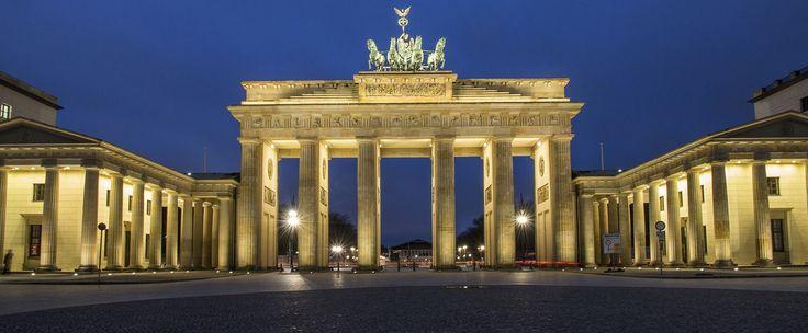Duitsland staat de komende drie dagen stil bij 25 jaar eenheid. Op 3 oktober 1990 werden de twee Duitslanden weer een, toen de communistische Deutsche…