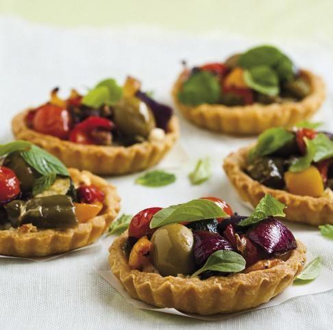 Roasted vegetable tartlets | Geroosterde groentetertjies