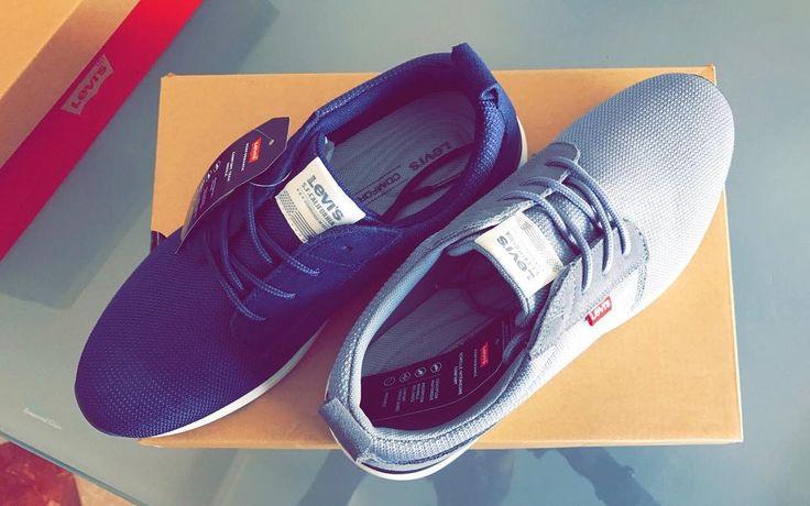Blu or gray ! Simple et souvent synonyme d'élégance et c'est le cas de ces baskets authentiques Levi's . Profiter de - 35% sur le prix de vente en achetant sur https://yak.ma.