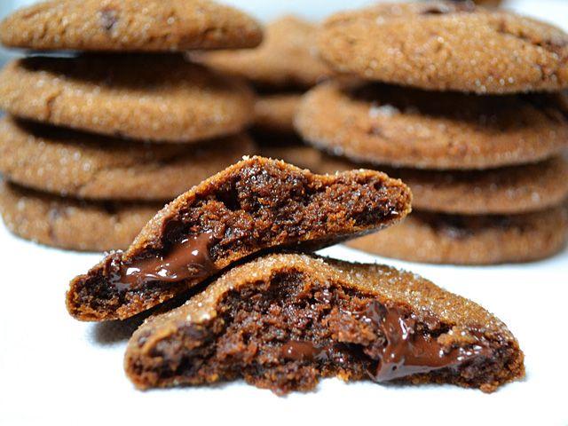 chocolate gingersnaps: Christmas Cookies