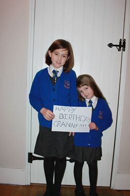 Lexie and Gemma with message
