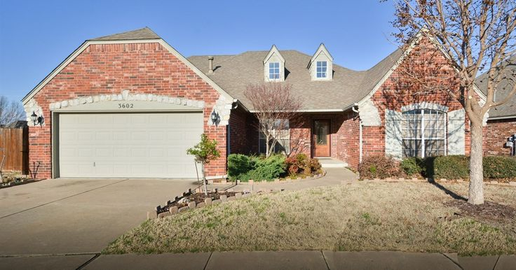 Split bedroom plan with 2 master suites, indoor safe room, separate office, open living with fireplace and in-ground gunite pool all at the end of a cul-de-sac in gated community. Move-in ready! #TulsaRealEstate #JackieProffittRealtor #BlandtoGrandHomeTeam