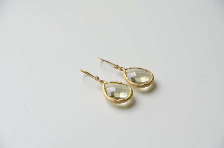 Sterling Silver / Gold-Plated Earrings / Lemon Quartz / Handmade / Natural Stones / Follow @lotus_by_leslie_ann / Affordable Luxury Jewelry!!