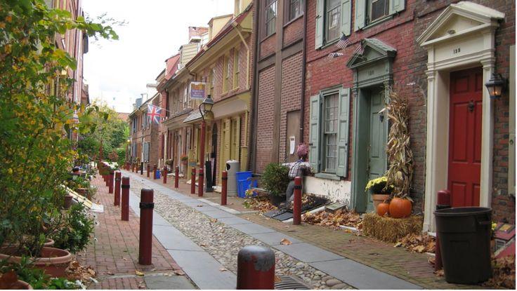 elfreth 39 s alley old city i feel home pinterest philadelphia pictures and old city. Black Bedroom Furniture Sets. Home Design Ideas