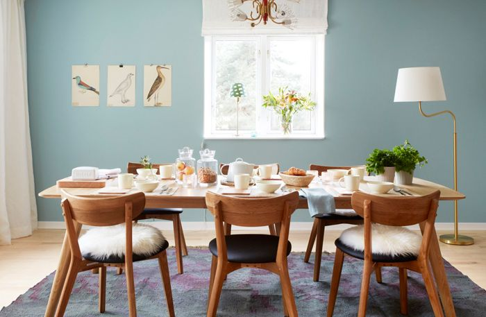 Walls in turquoise from Beckers. Magazine: Allt i Hemmet