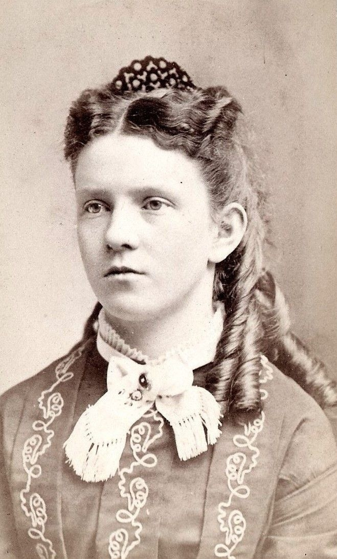 victorian hair comb style - Bing Images