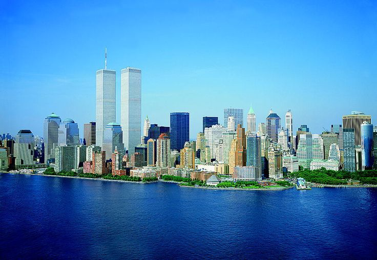 LOC_Lower_Manhattan_New_York_City_World_Trade_Center_August_2001.jpg (1024×707)