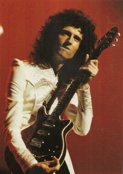 """""""I just want to be able to play as fast as my brain goes, and my brain doesn't go all that fast."""" - Brian May"""