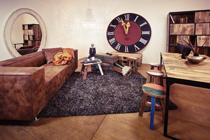 showroom potsdamer stra e moove m bel online shop schmuckst cke showroom no 2 potsdamer. Black Bedroom Furniture Sets. Home Design Ideas