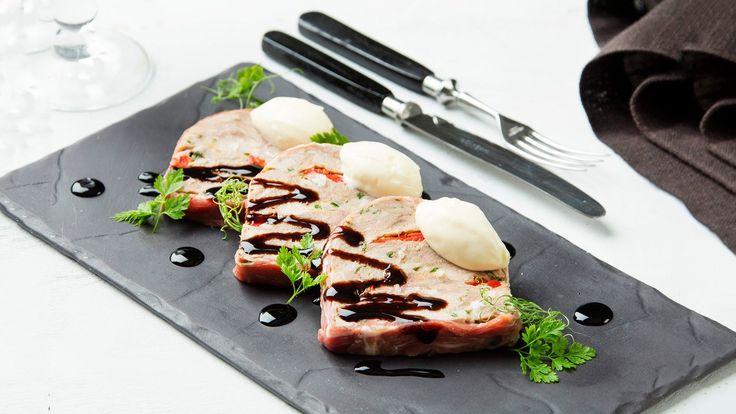Hapankaalimousse (sianpotkaterriinin kera)