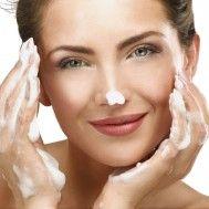 Cómo hacerse una limpieza facial profesional en casa - IMujer