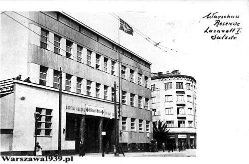 Szpital Ubezpieczalni Społecznej, kamienica Solec 95/97 róg Czerwonego Krzyża,  okres II wojny św.  źródło: Ze zbiorów Roberta Marcinkowskiego
