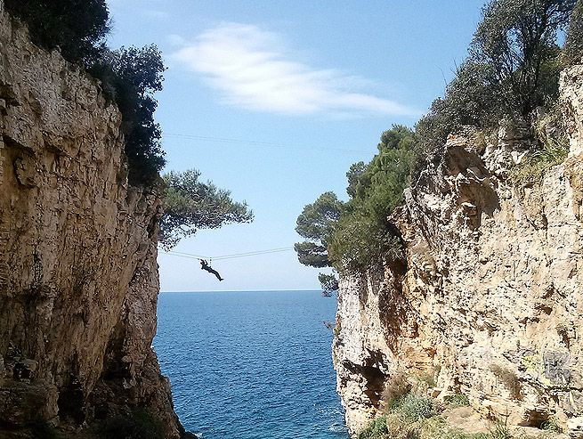 Mit der Zipline durch die Schlucht (Kanjon) von Verudela http://www.inistrien.hr/aktuelles/mit-der-zip-line-durch-die-schlucht-kanjon-von-verudela/ #Pula #Istrien #Kroatien
