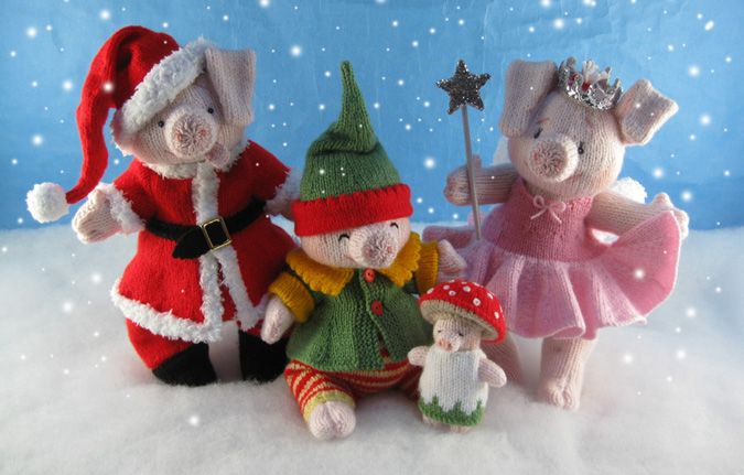 Alan Dart Knitting Pattern: The Piggles Christmas Costumes--Does Not Include Piggles