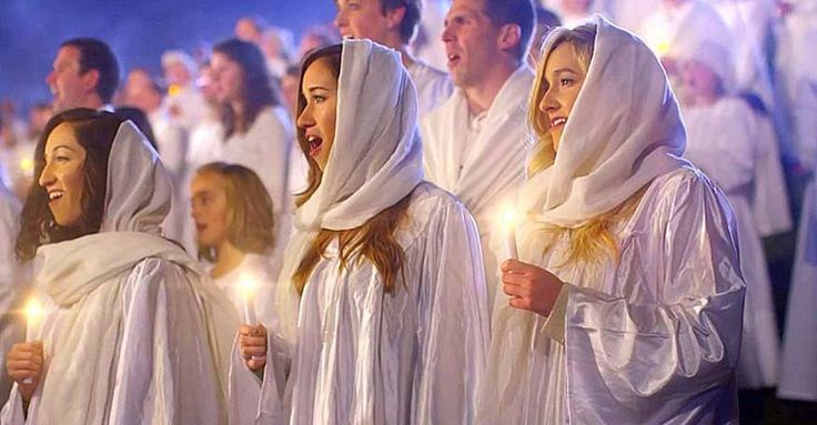 "Singing ""Angels We Have Heard On High,"" The Piano Guys, Peter Hollens, and David Archuleta join in with many other You Tube stars and over 1000 people to break the world's record for the largest nativity scene ever created. Taking over 10,000 hours to create, showing the real meaning of Christmas has never been more beautiful. This is absolutely stunning!"