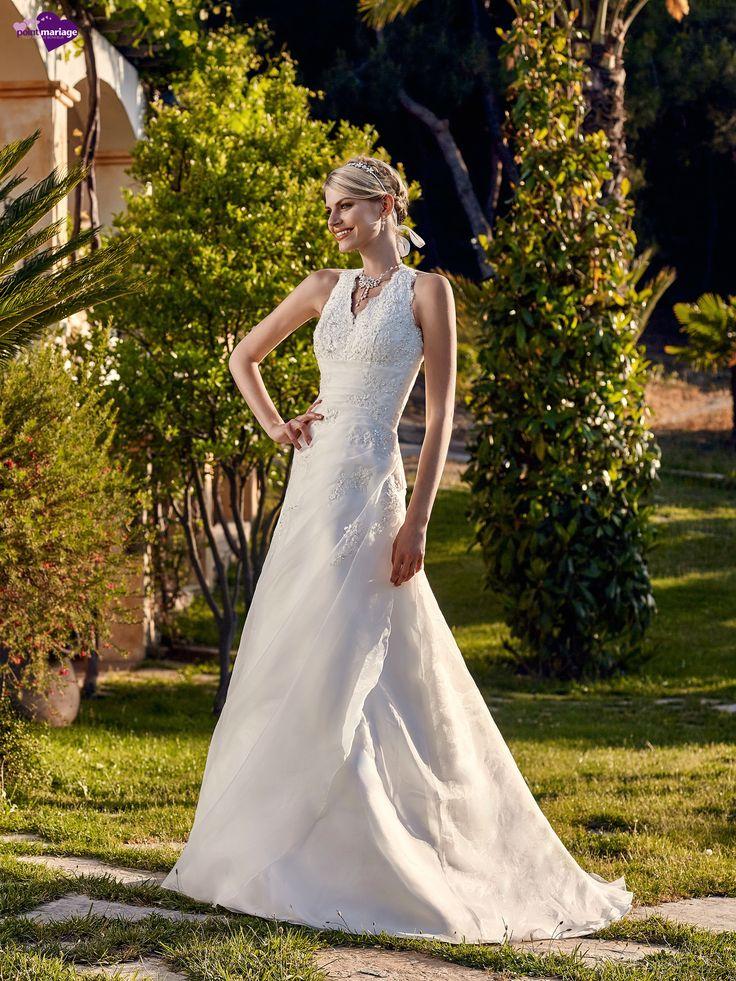 Sella, collection de robes de mariée - Point Mariage http://www.pointmariage.com/