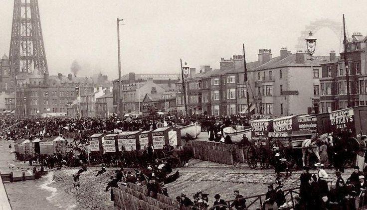 Blackpool Bathing Machines, circa 1890. pic.twitter.com/t5WFeUXBxB