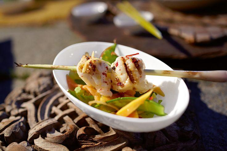 Thajsko a grilování plné ryb a zeleniny. Nutně potřebujete spoustu misek, nejen na rýži. Kolekce Modern Grace na www.luxurytable.cz