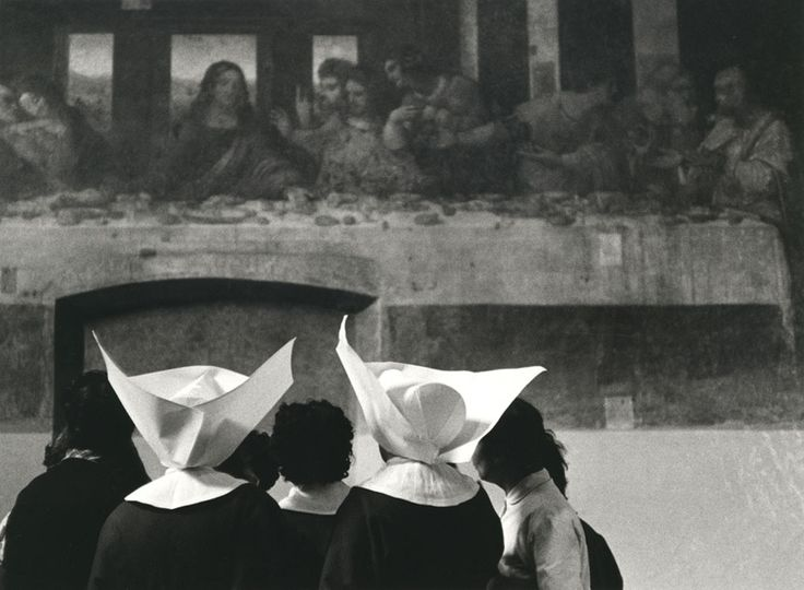Nuns in front of Leonardo's Last Supper, Milan, Gottard Schuh.