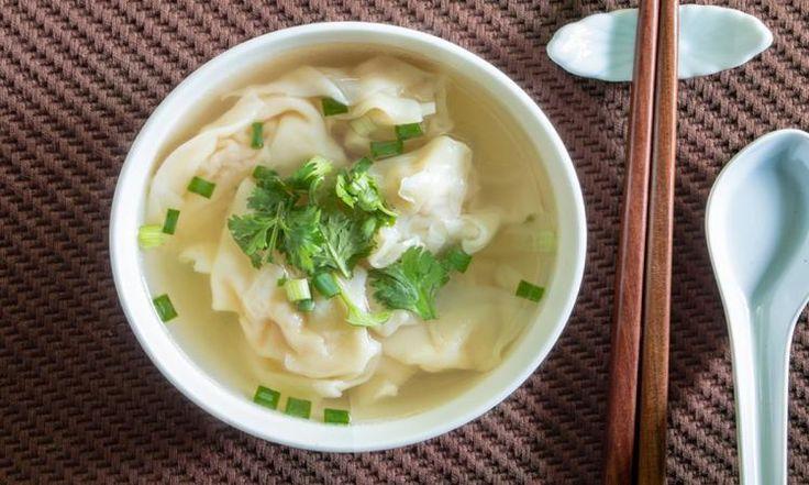 Une soupe wonton encore MEILLEURE qu'au resto en 5 minutes seulement!