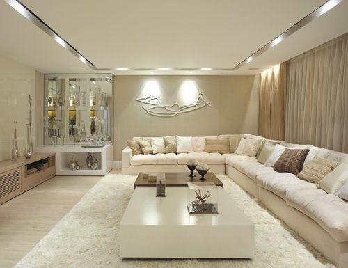amei o sofá modular, o tapete, a mesa de centro ...